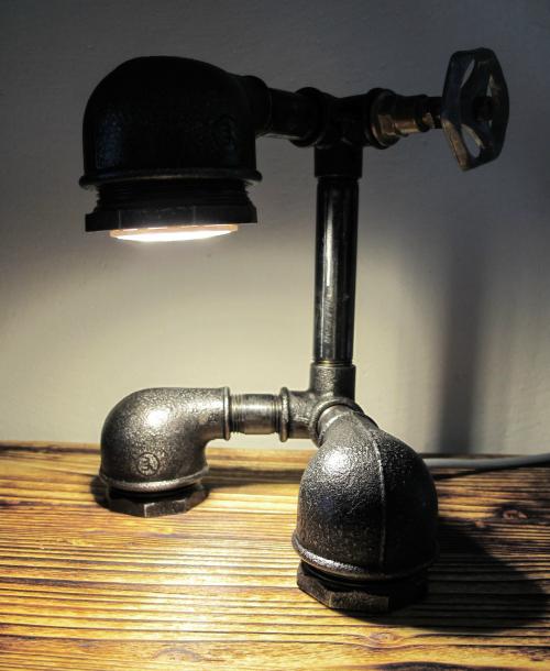 Steampunková lampička FACE