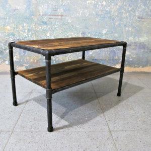 Unikátní industriální stolek RECHTECK s policí.