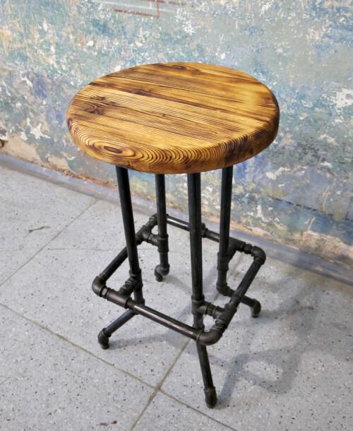 Industriální barová stolička RUNDER