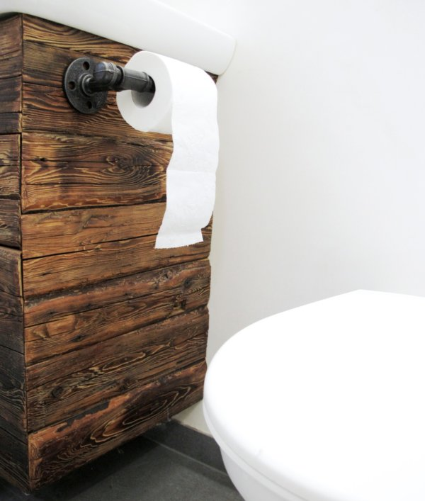 Jednoduchý držák toaletního papíru
